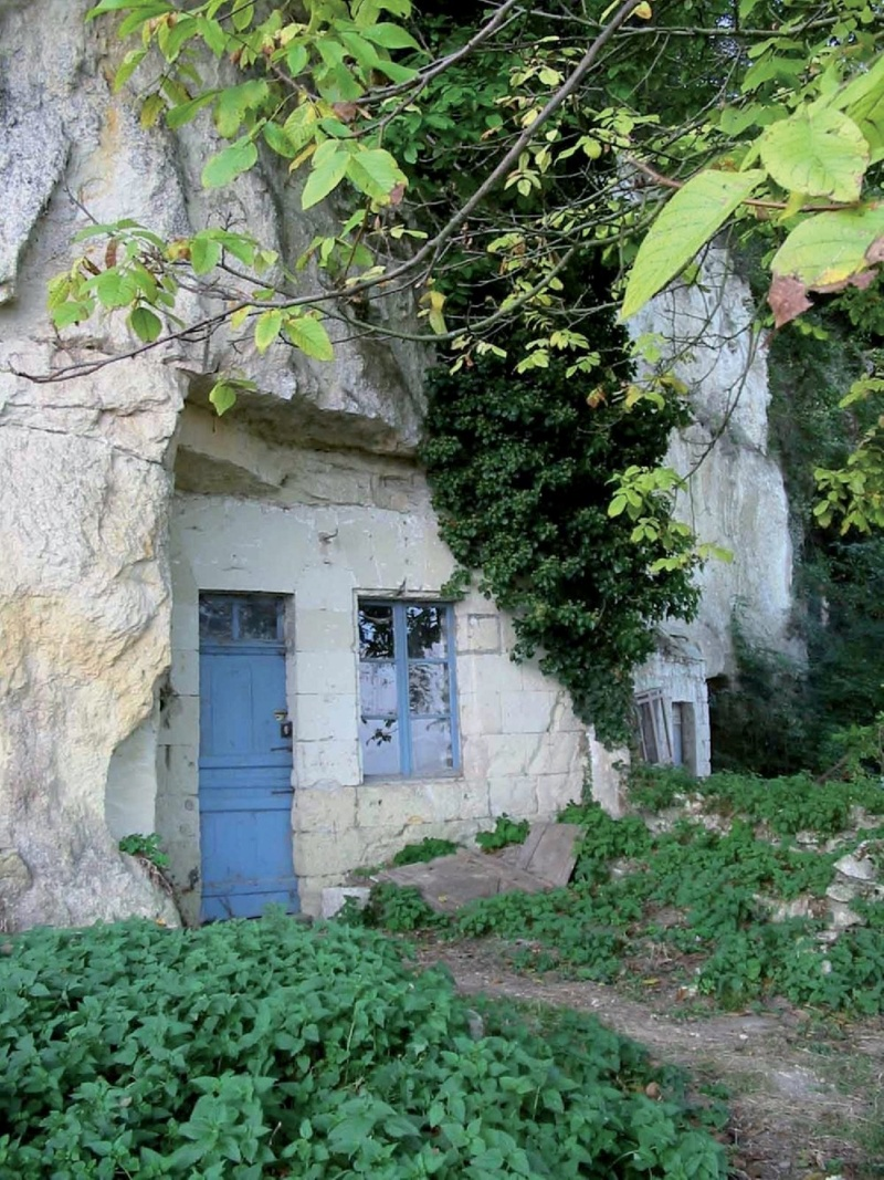 Les plus beaux villages de France  - Page 5 Montos10