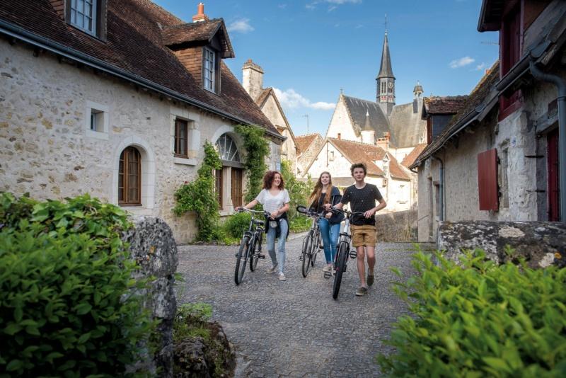 Les plus beaux villages de France  - Page 5 Montre15