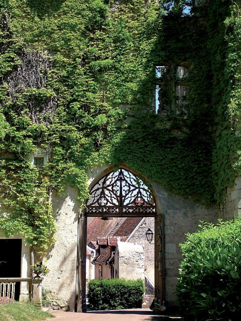 Les plus beaux villages de France  - Page 5 Montre19