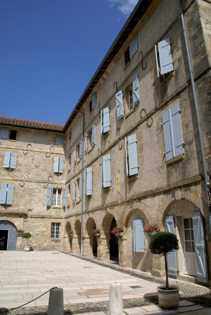 Les plus beaux villages de France  - Page 5 Navarr10