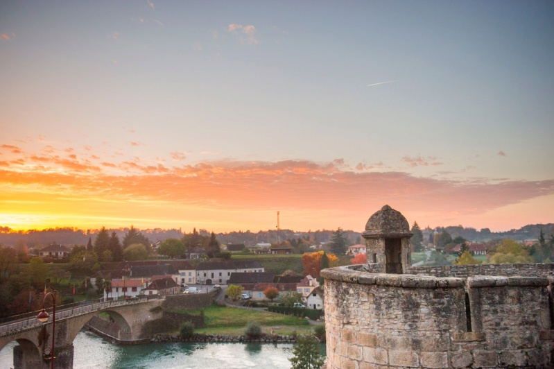 Les plus beaux villages de France  - Page 5 Navarr11