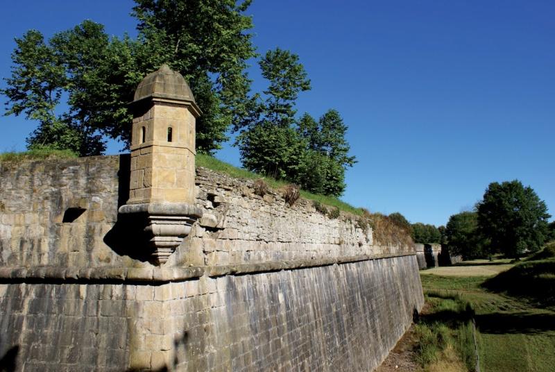 Les plus beaux villages de France  - Page 5 Navarr12