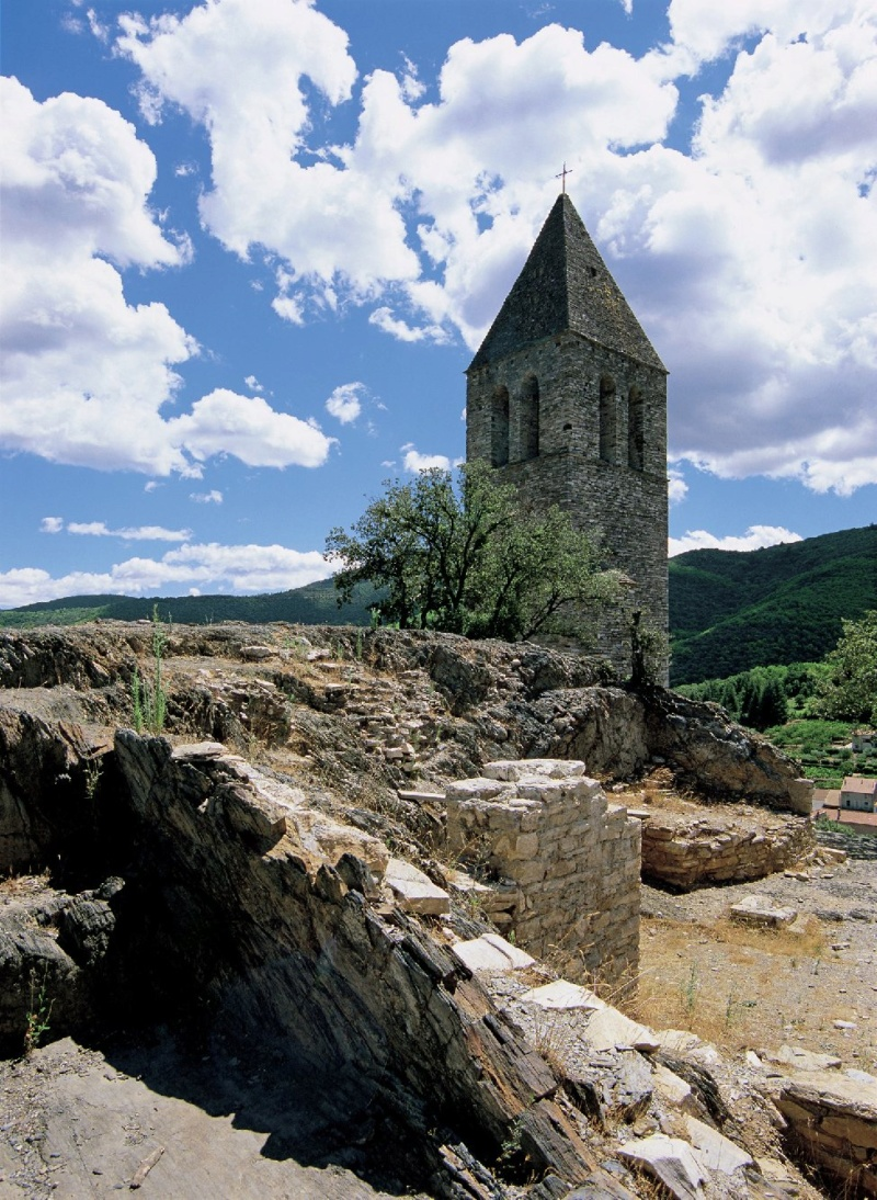 Les plus beaux villages de France  - Page 5 Olargu11