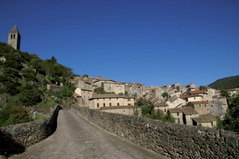 Les plus beaux villages de France  - Page 5 Olargu13