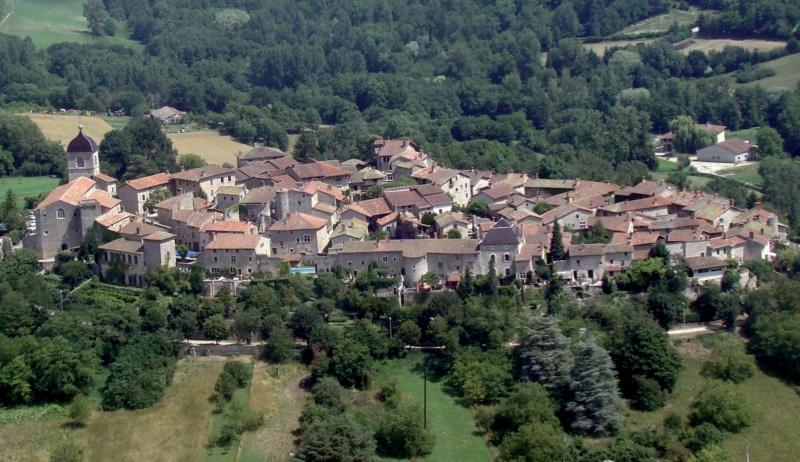 Les plus beaux villages de France  - Page 5 Peroug12