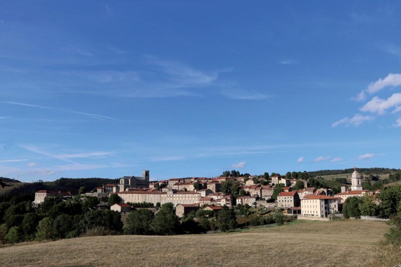 Les plus beaux villages de France  - Page 5 Pradel14