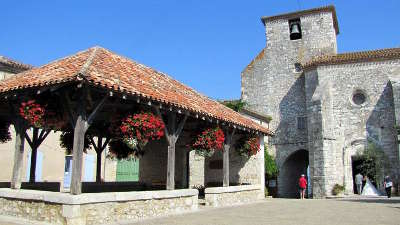 Les plus beaux villages de France  - Page 5 Pujols11