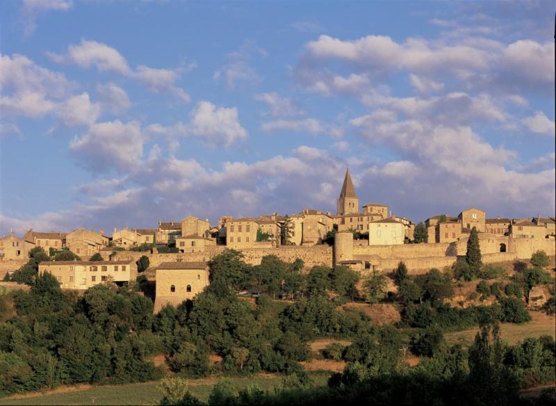 Les plus beaux villages de France  - Page 5 Puycel11