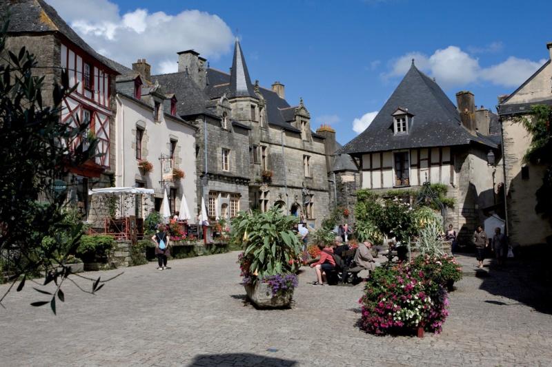 Les plus beaux villages de France  - Page 6 Rochef10