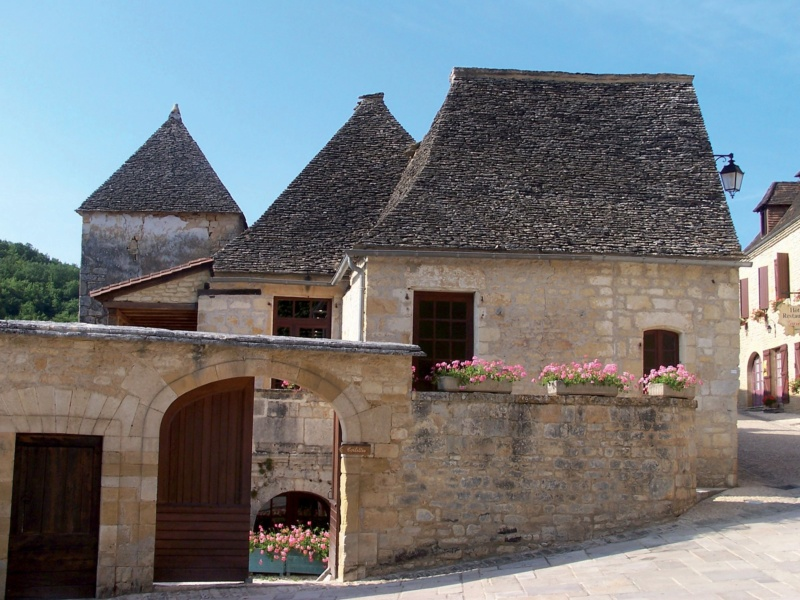 Les plus beaux villages de France  - Page 6 Saint-10