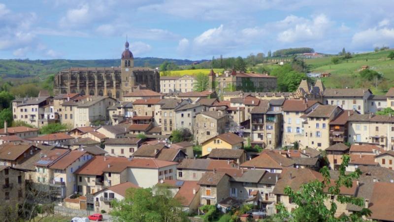 Les plus beaux villages de France  - Page 6 Saint-15