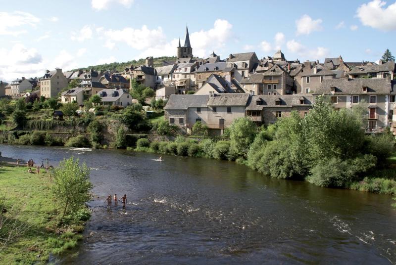 Les plus beaux villages de France  - Page 6 Saint-43