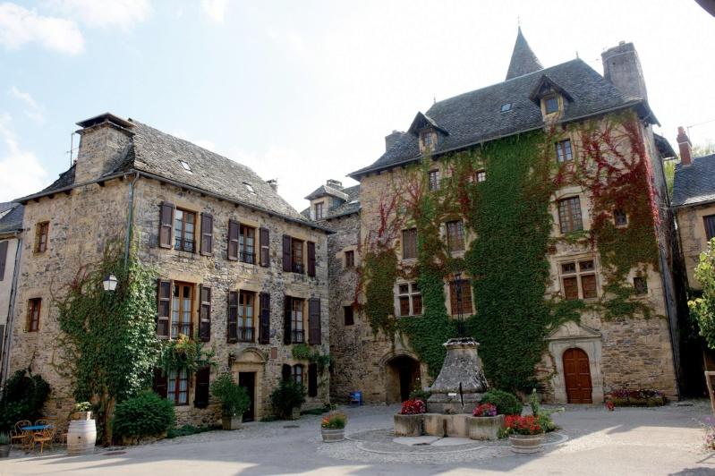 Les plus beaux villages de France  - Page 6 Sainte25