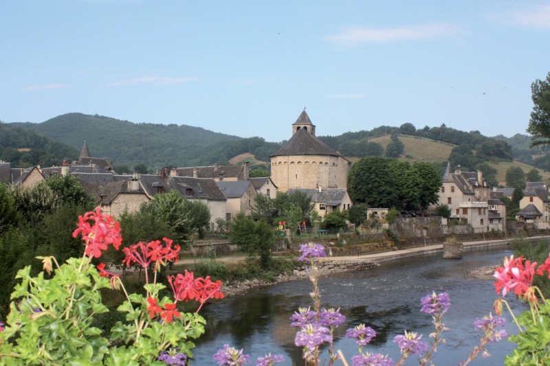 Les plus beaux villages de France  - Page 6 Sainte26