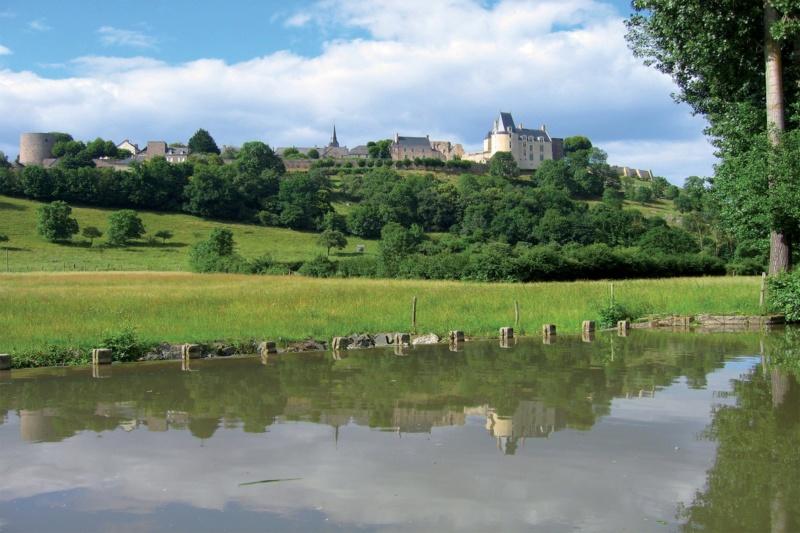Les plus beaux villages de France  - Page 6 Sainte28