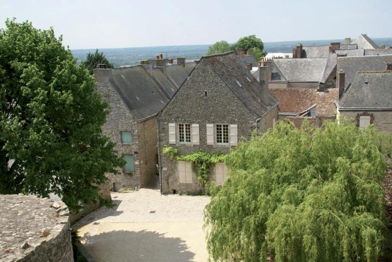 Les plus beaux villages de France  - Page 6 Sainte29