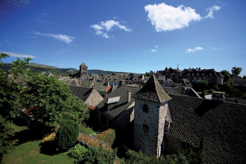 Les plus beaux villages de France  - Page 6 Salers10