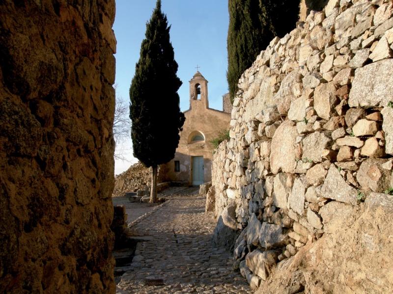 Les plus beaux villages de France  - Page 7 Santan12