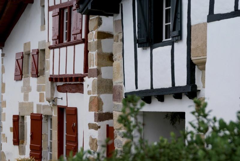 Les plus beaux villages de France  - Page 7 Sare-f10