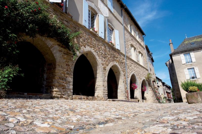 Les plus beaux villages de France  - Page 7 Sauvet12