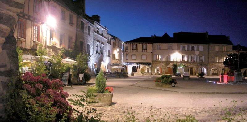 Les plus beaux villages de France  - Page 7 Sauvet14
