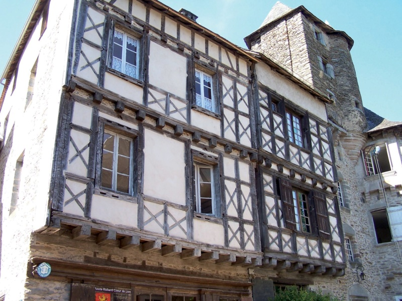 Les plus beaux villages de France  - Page 7 Segur-12