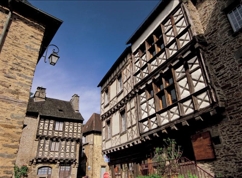 Les plus beaux villages de France  - Page 7 Segur-13
