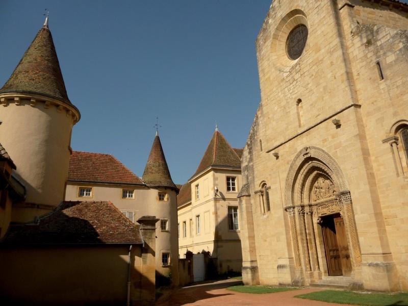 Les plus beaux villages de France  - Page 7 Semur-10
