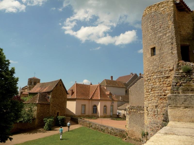 Les plus beaux villages de France  - Page 7 Semur-12
