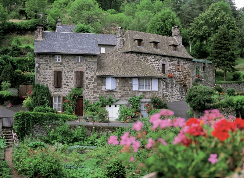 Les plus beaux villages de France  - Page 7 Tourne11