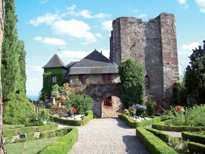 Les plus beaux villages de France  - Page 7 Turenn10