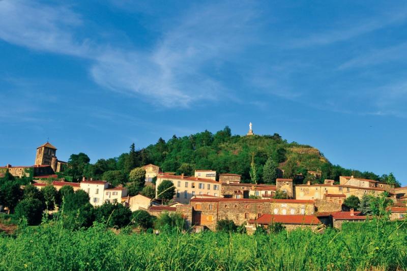 Les plus beaux villages de France  - Page 7 Usson-10