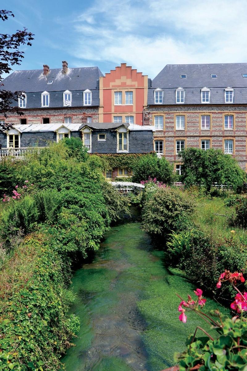Les plus beaux villages de France  - Page 7 Veules13