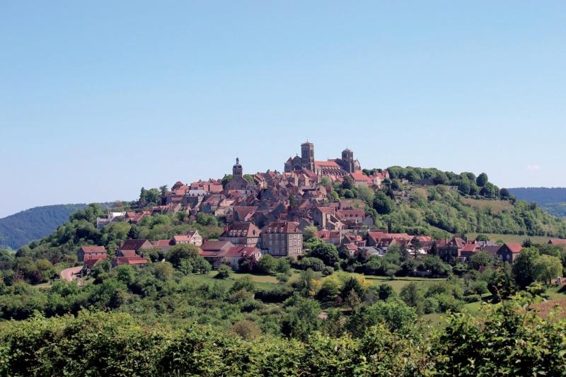 Les plus beaux villages de France  - Page 7 Vezela10