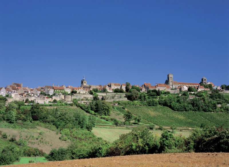 Les plus beaux villages de France  - Page 7 Vezela11