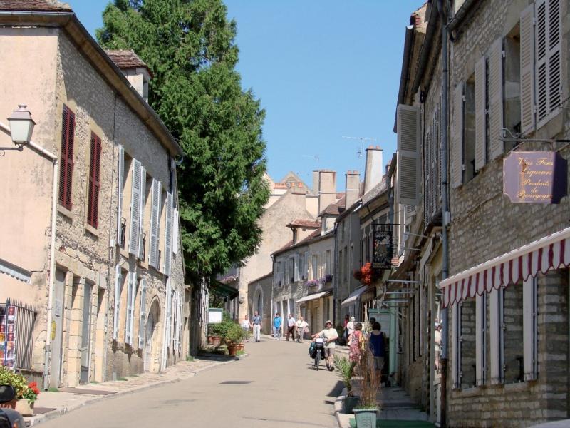 Les plus beaux villages de France  - Page 7 Vezela12