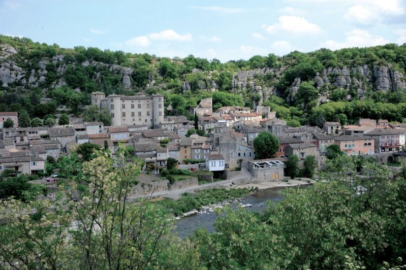 Les plus beaux villages de France  - Page 7 Vogue-12