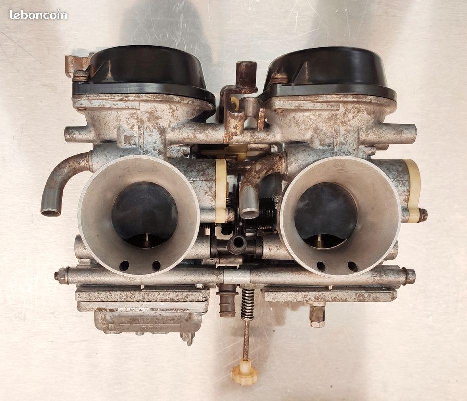 [VENDUE] Rampe de carburateurs XTZ 750 Super Ténéré 89-97 4e0b8210