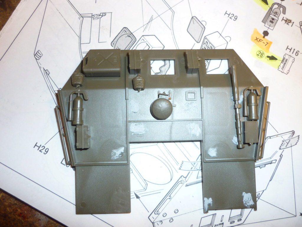 M26 armored tank recovery vehicule Tamiya 1/35  - Page 3 P1110216