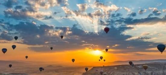 I tramonti più belli hanno bisogno di cieli nuvolosi. (Paulo Coelho)   Alba-e10