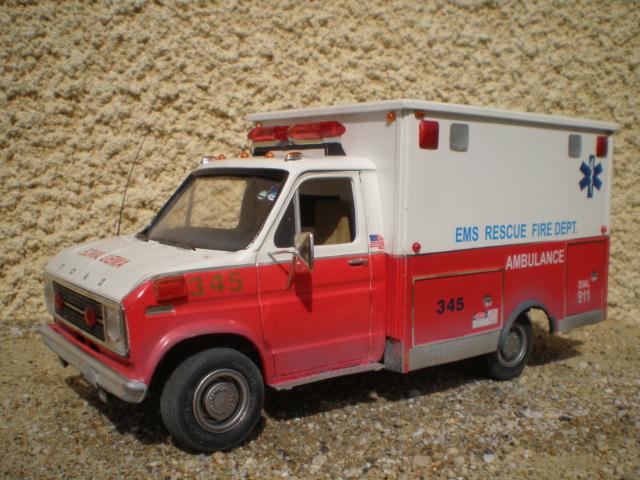 ford ambulance P1010095