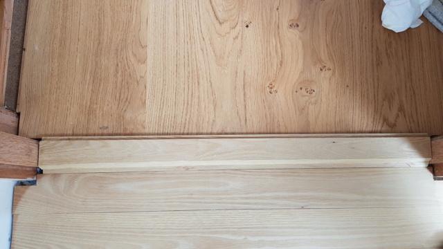 Pose d'un parquet massif en robinier...dans une salle de bain sur plancher bois. - Page 2 20210414