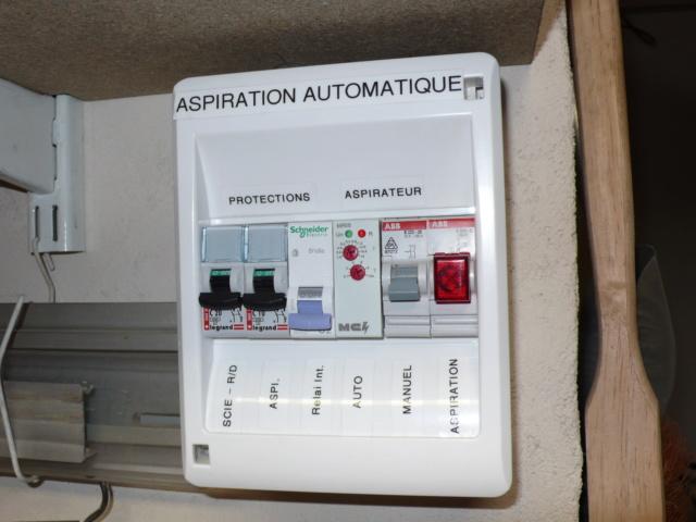 Aspiration centralisée, démarrage automatique de l'aspirateur et guillotines. L1050428