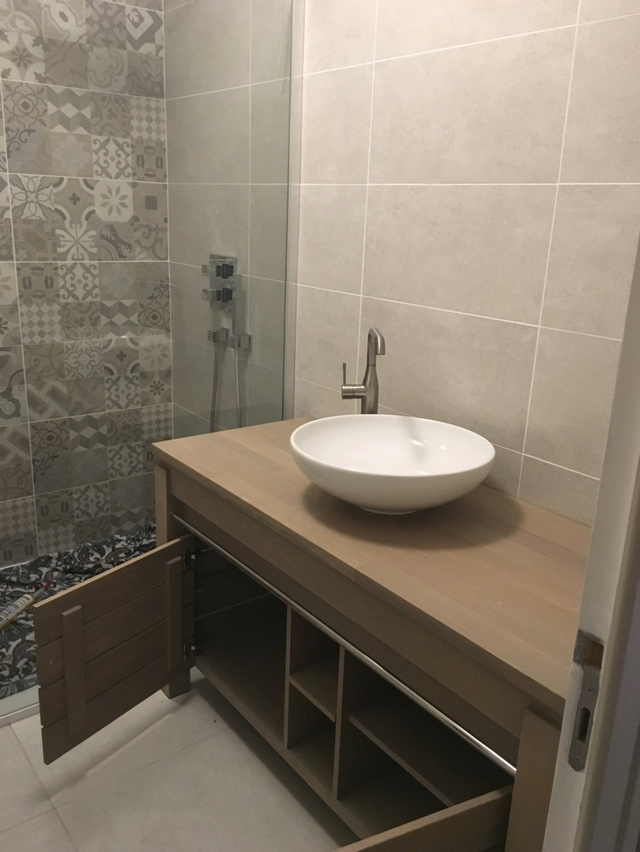 Rénovation d'une salle de bains - Page 2 Img_2710