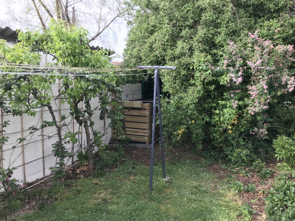 Composteur de jardin Img_3216