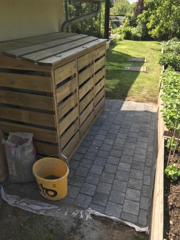 Construction d'un abri à poubelles Img_3337