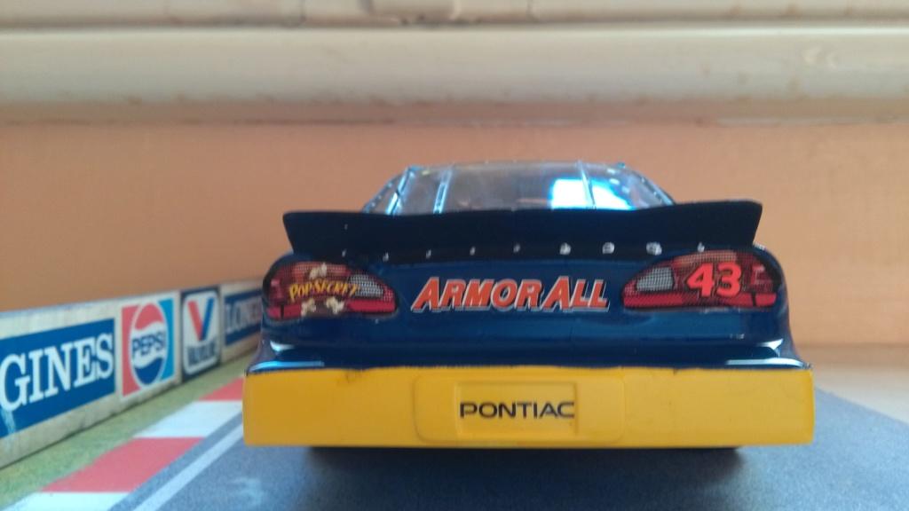 Pontiac Grand-prix 2000 #43 John Andretti STP  Img_2216