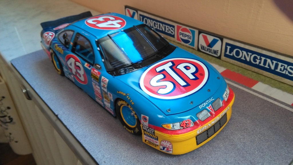 Pontiac Grand-prix 2000 #43 John Andretti STP  Img_2221