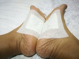 9 Manières de soulager les jambes lourdes et les pieds fatigués Patchp10
