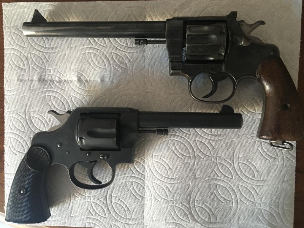 Colt 45 Revolver C3e04410